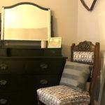 King Bedroom details